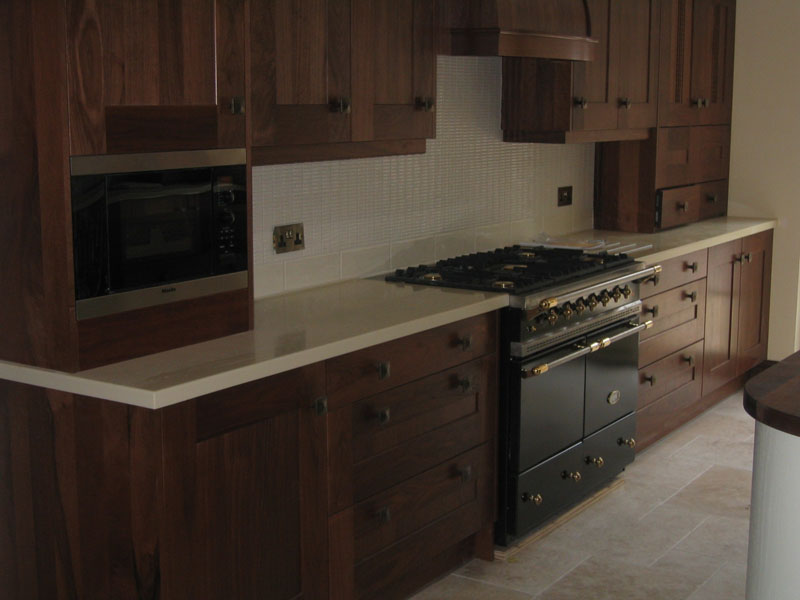 Kitchen fitting kitchen installation fitters bournemouth for Pictures of fitted kitchens